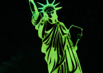 statua-liberta-notte
